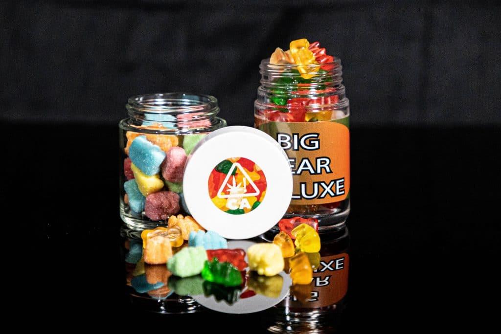 cannabis white labeling gummy bears